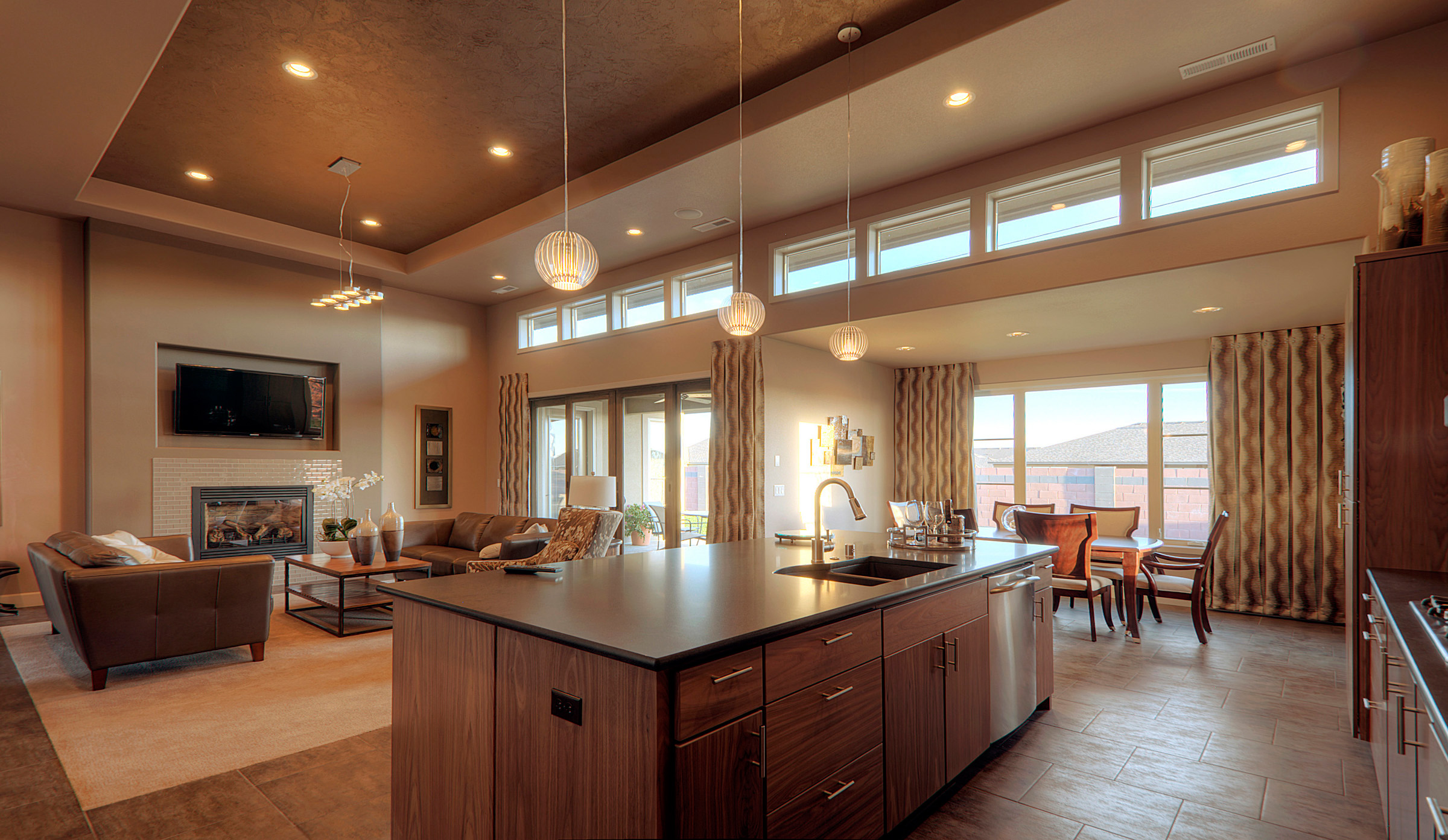 Open floor plans vs closed floor plans - Open floor plan kitchen living room dining room ...