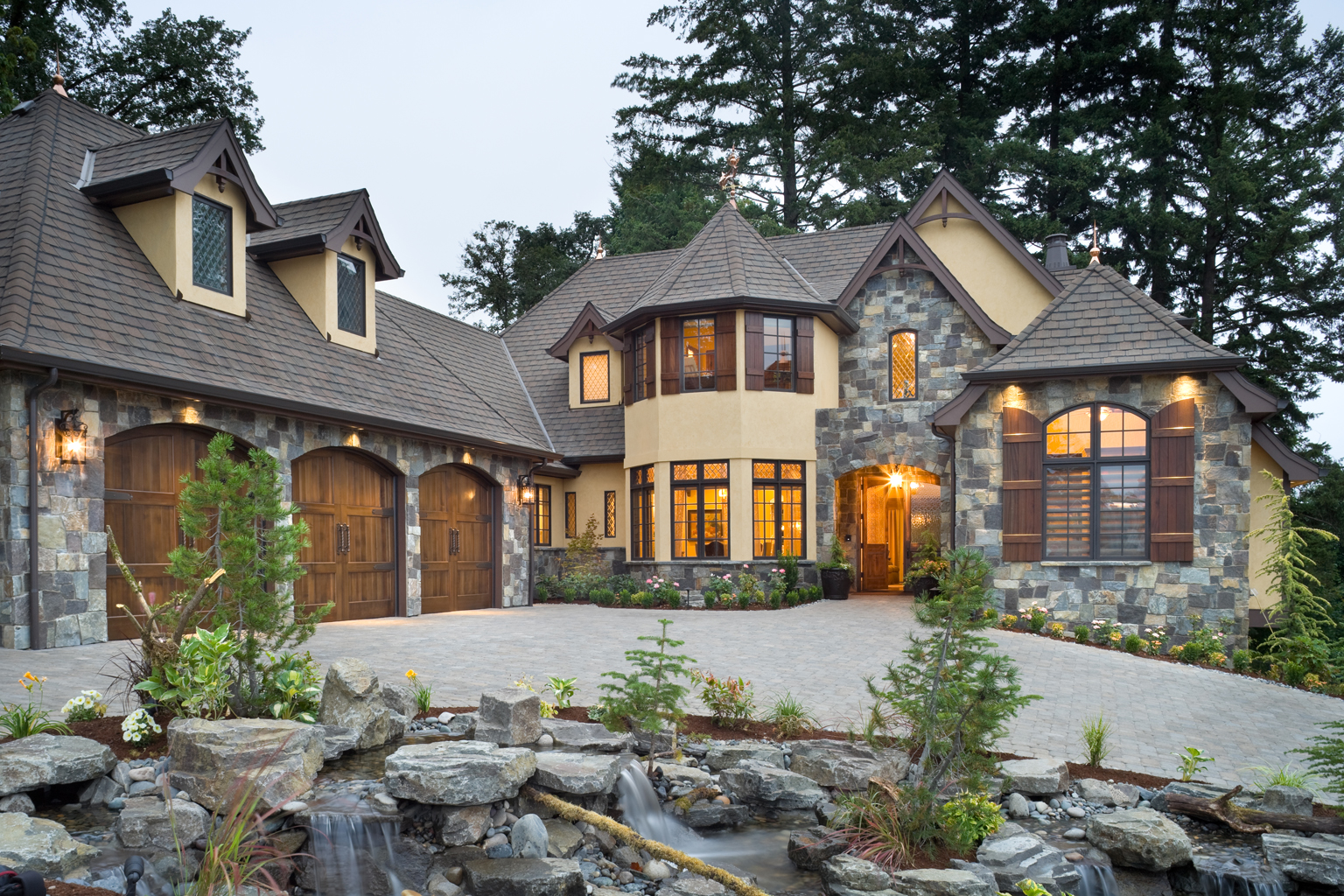 39 rivendell manor 39 by bc custom homes represents mascord 39 s for Custom luxury home designs